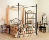 Nice Full Canopy Bed Great for Back to School